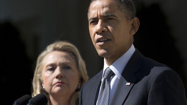 Barack Obama, presidente de EEUU y Hillary Clinton, candidata a la presidencia de EEUU - Sputnik Mundo