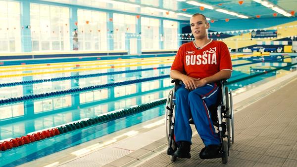 Dmitri Kokárev, nadador ruso paralímpico - Sputnik Mundo
