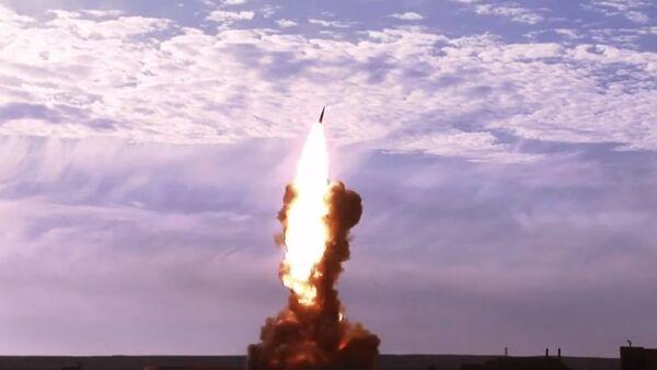 Prueba de un misil ruso (Archivo) - Sputnik Mundo