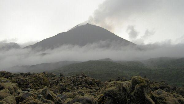 El volcán Reventador - Sputnik Mundo