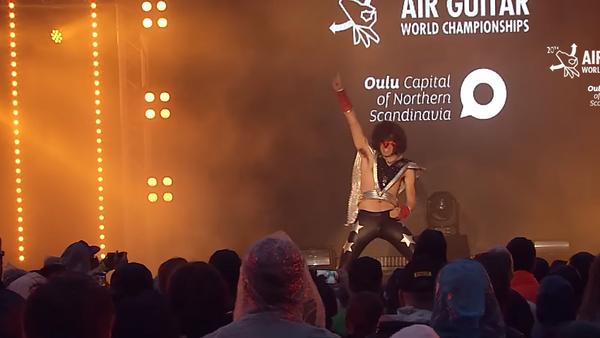 Your Daddy en el campeonato de Air Guitar del 2015 - Sputnik Mundo