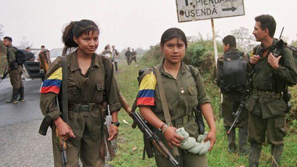 Combatientes de FARC (archivo) - Sputnik Mundo