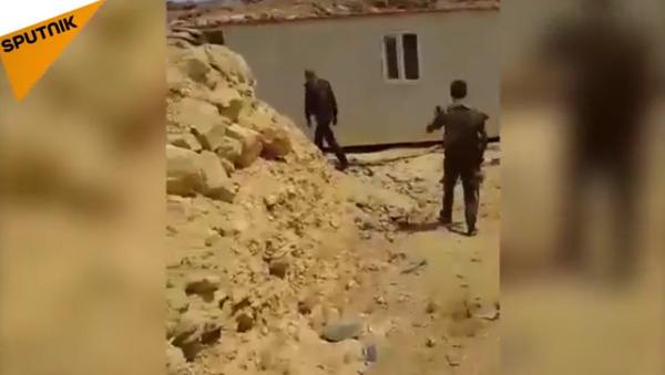 Vídeo: campamento secreto de entrenamiento de la élite de Daesh - Sputnik Mundo