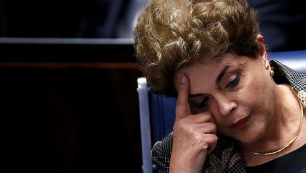 La presidenta suspendida de Brasil, Dilma Rousseff, durante su defensa en el Senado del país (Archivo) - Sputnik Mundo