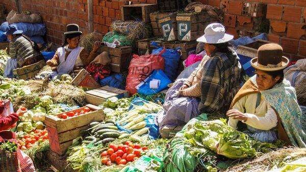 Un mercado boliviano - Sputnik Mundo
