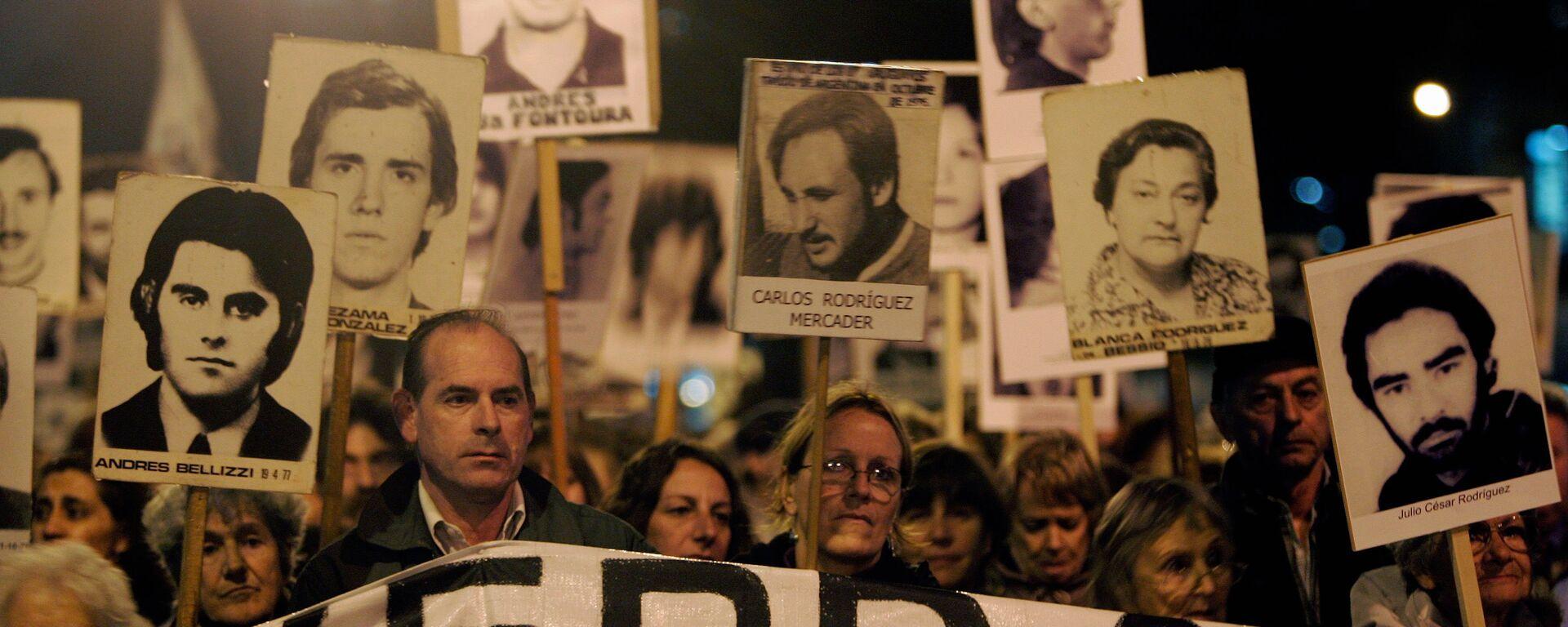 Marcha de Silencio en conmemoración de las víctimas de la dictadura de 1973-1985, 20 de mayo de 2088, Montevideo, Uruguay - Sputnik Mundo, 1920, 24.06.2021