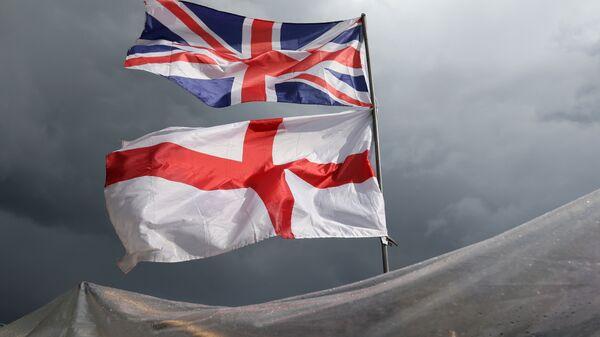 La bandera del Reino Unido y la Irlanda del Norte - Sputnik Mundo