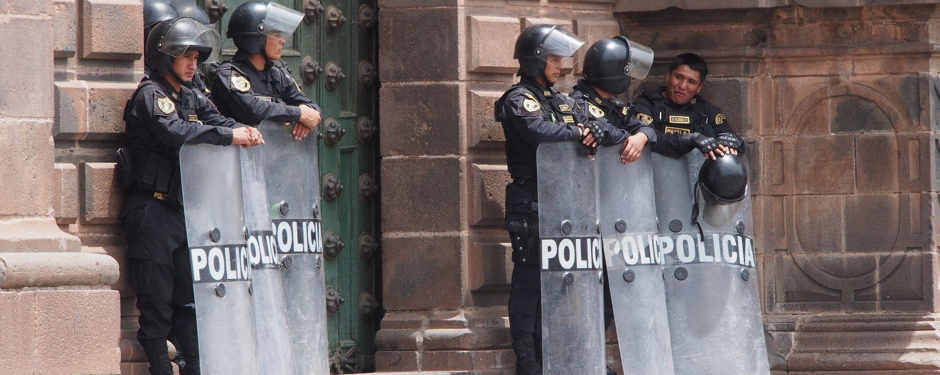 Policías peruanos en Cuzco - Sputnik Mundo, 1920, 05.08.2021