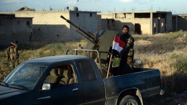 Observadores militares rusos reportan 42 infracciones de la tregua en Siria - Sputnik Mundo