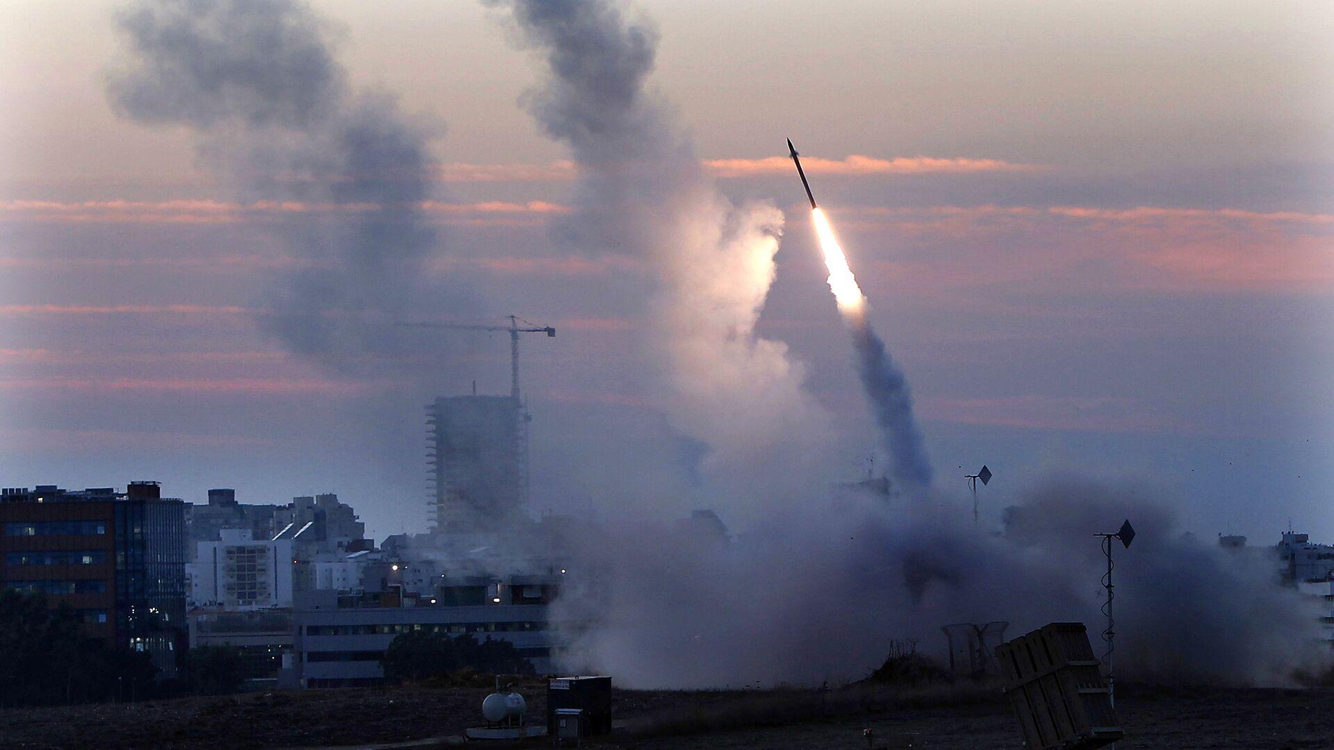 Sistema de defensa antiaérea de Israel intercepta un misil lanzado desde Gaza (archivo) - Sputnik Mundo, 1920, 11.02.2021