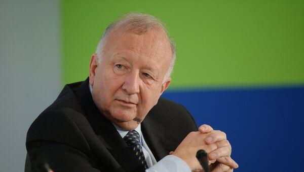 Willy Wimmer, exsecretario de Estado del Ministerio de Defensa alemán - Sputnik Mundo