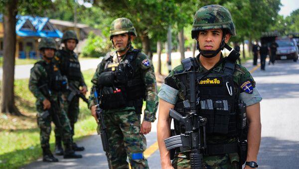 Los militares en la provincia tailandesa de Narativat - Sputnik Mundo