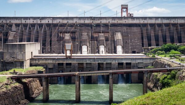 Una hidroelétrica (archivo) - Sputnik Mundo