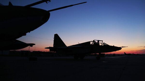 Cazas Su-25 rusos (Archivo) - Sputnik Mundo