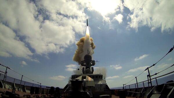 Lanzamiento de los misiles Kalibr - Sputnik Mundo