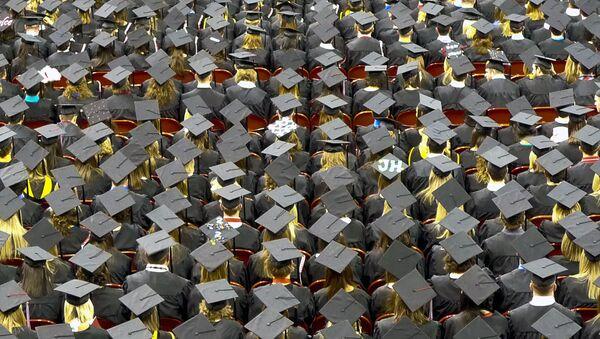 Los graduados (imagen referencial) - Sputnik Mundo