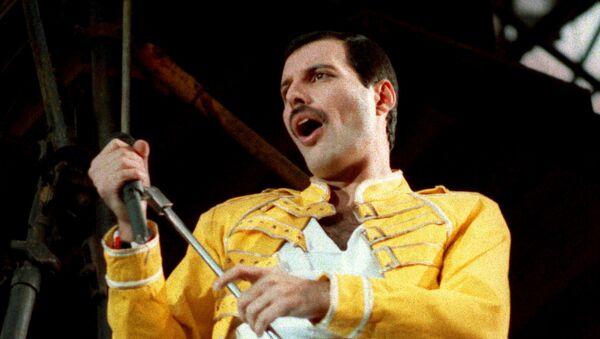 Freddie Mercury, vocalista de la banda de rock Queen (archivo) - Sputnik Mundo