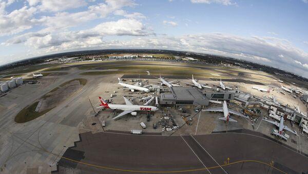Aeropuerto Heathrow - Sputnik Mundo