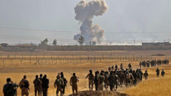 Los soldados kurdos - Sputnik Mundo