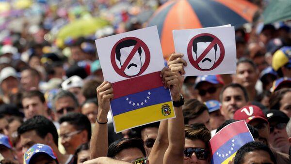 Protesta de oposición en Venezuela (archivo) - Sputnik Mundo