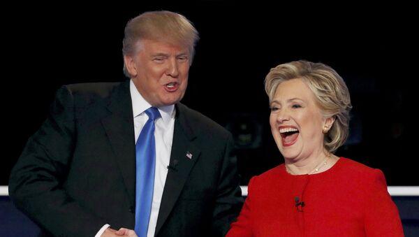 Donald Trump y Hillary Clinton , candidatos a la presidencia de EEUU - Sputnik Mundo