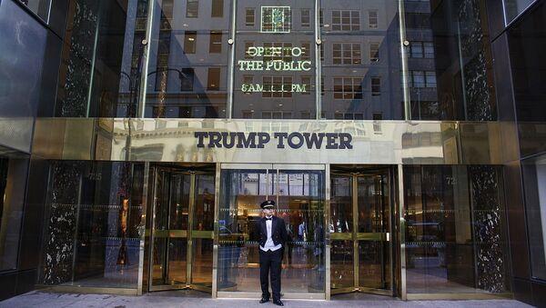 La entrada principal de Trump Tower - Sputnik Mundo
