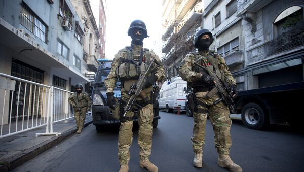 Police special forces provide security for the ceremony marking the 21st anniversary of the 1994 terror attack of the AMIA Jewish community center in Buenos Aires, Argentina - Sputnik Mundo