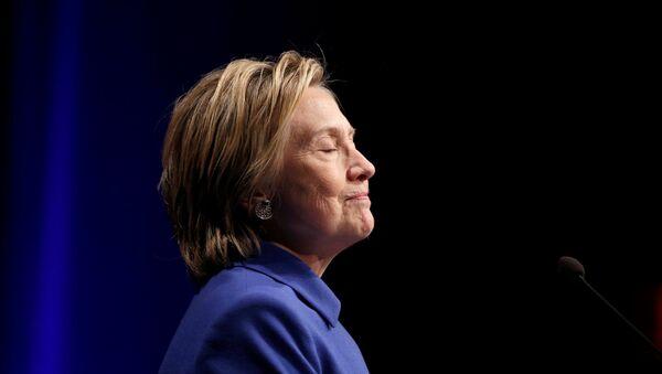 Hillary Clinton speaks to the Children's Defense Fund in Washington - Sputnik Mundo