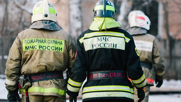 Los bomberos rusos - Sputnik Mundo