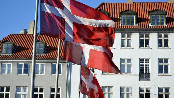 Banderas de Dinamarca (imagen referencial) - Sputnik Mundo
