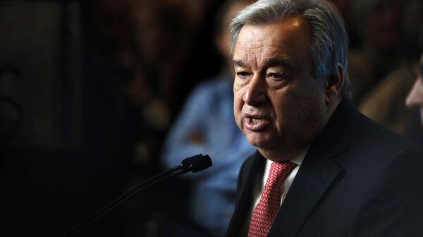 UN Secretary-General-designate Mr. Antonio Guterres of Portugal speaks to members of the media after being sworn in at UN headquarters in New York - Sputnik Mundo