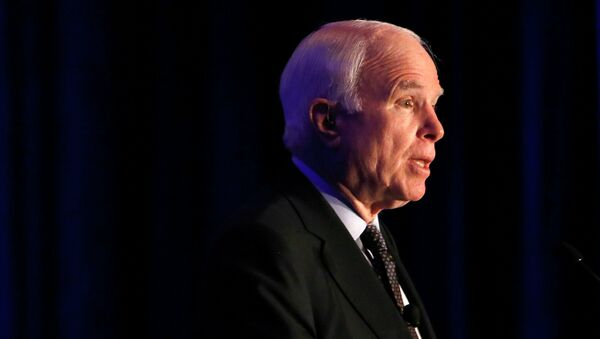 John McCain - Sputnik Mundo