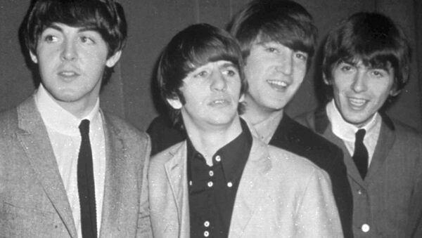 The Beatles, from left, Paul McCartney, Ringo Starr, John Lennon and George Harrison, are shown in this November 1963 photo. - Sputnik Mundo