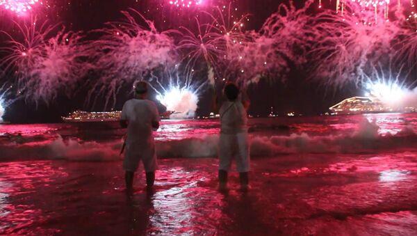 Cómo el Año Nuevo iluminó el mundo - Sputnik Mundo