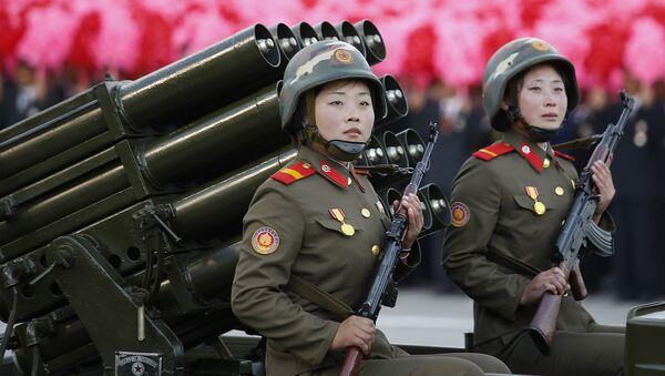 Mujeres soldados de Corea del Norte - Sputnik Mundo