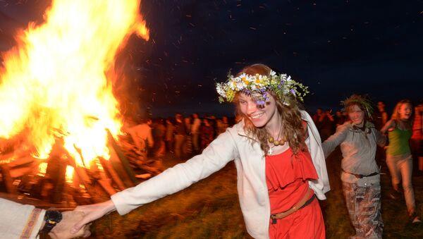 Jorovod, danza tradicional rusa - Sputnik Mundo