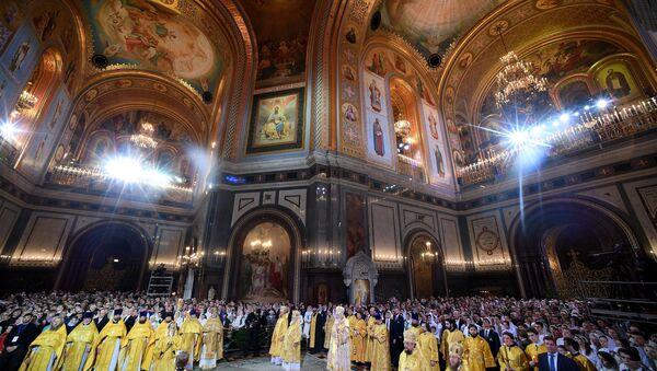 Рождественское богослужение в храме Христа Спасителя - Sputnik Mundo
