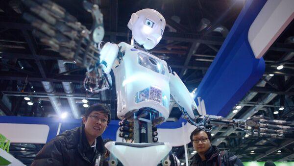 Robot - Sputnik Mundo