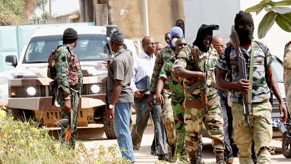 Militares amotinados en Costa de Marfil - Sputnik Mundo