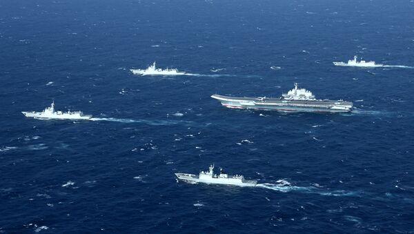 Embarcaciones chinas en el mar (imagen referencial) - Sputnik Mundo