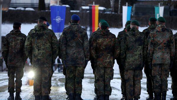 Soldados de la OTAN - Sputnik Mundo