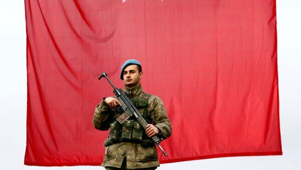 Un soldado turco - Sputnik Mundo