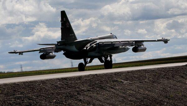 Avión de ataque terrestre Su-25, foto archivo - Sputnik Mundo