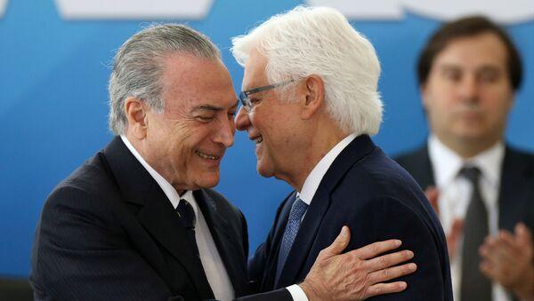 Michel Temer, presidente de Brasil, y Wellington Moreira Franco, ministro de la Secretaría de Gobierno - Sputnik Mundo