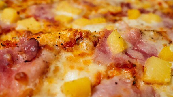 Pizza con piña - Sputnik Mundo