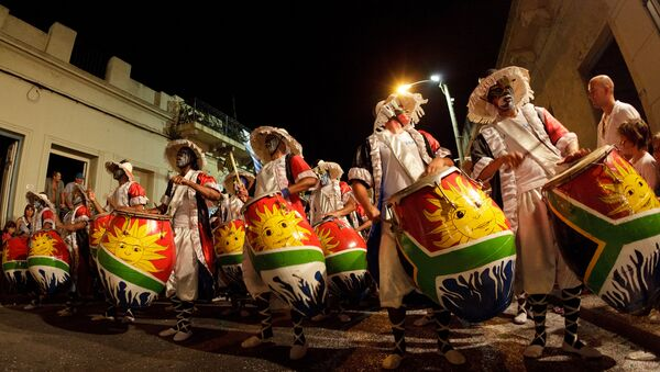 Carnaval uruguayo Las Llamadas (archivo) - Sputnik Mundo