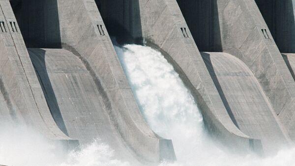 Una central hidroeléctrica - Sputnik Mundo