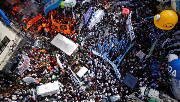 Marcha de la Confederación General del Trabajo (CGT) en Buenos Aires - Sputnik Mundo