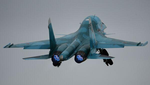 Caza ruso Su-34 (imagen referencial) - Sputnik Mundo