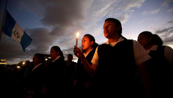 Homenaje a las víctimas del incendio en Guatemala (archivo) - Sputnik Mundo